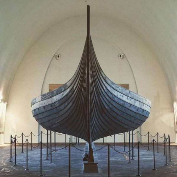 ladya-vikingi