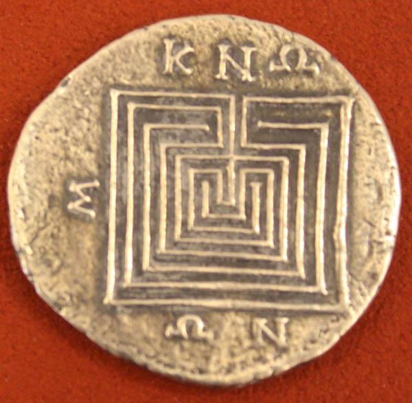 labirint-serebro-tetradraxma-knosskij-1-j-vek-do-n-e