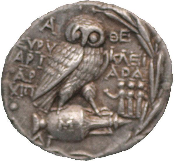 Сова - символ мудрости богини Афе - Афины