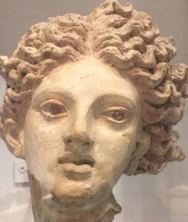 Этруская богиня моря. Курган Черветери