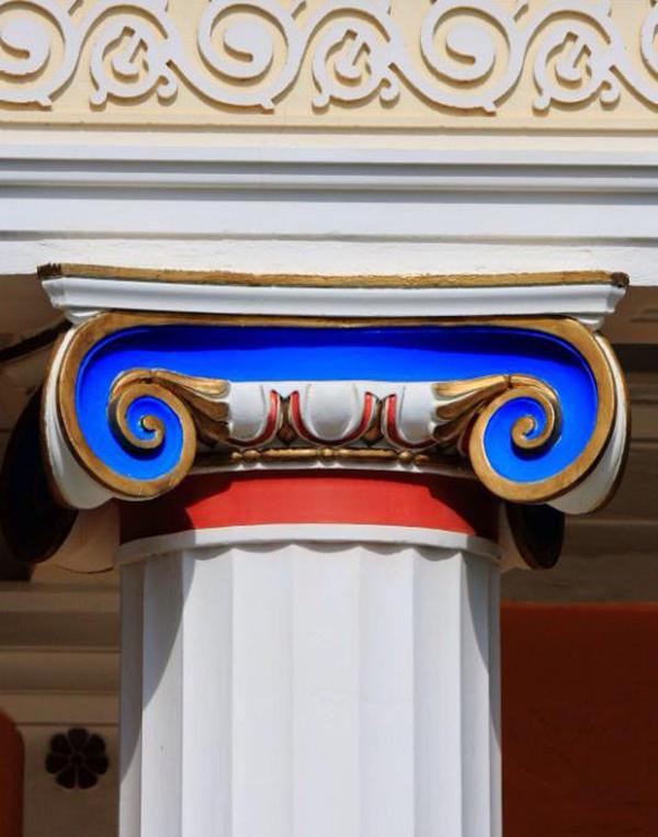 ionicheskaya-kolonna-v-axillion-korkira-korfu