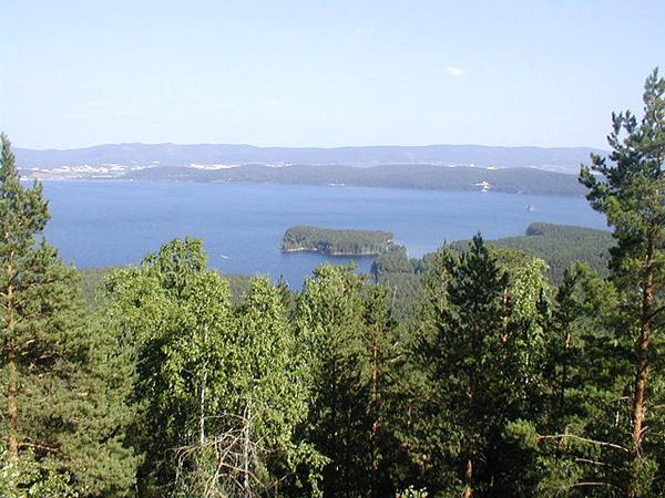 very-ostrov-na-oz-turgoyak
