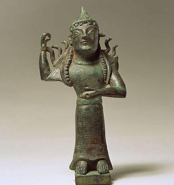 Праматерь(Прамахос) богов Апи (Афина)