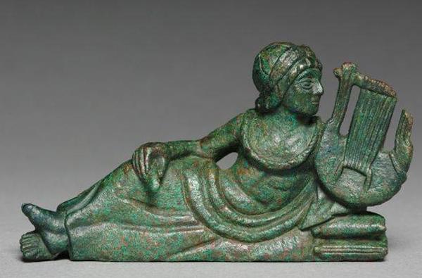 аплу- Этрус. бронз. сосуд , 400 - 375 г. до н.э
