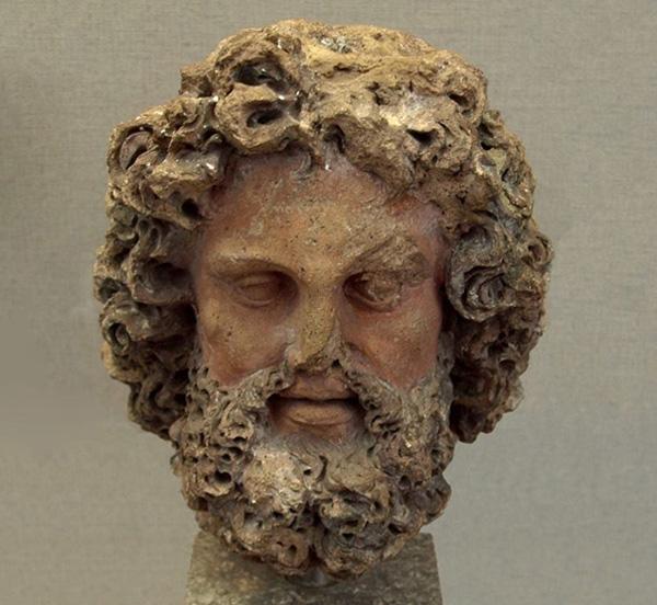 боги-тиния- tinia, гл. Бог этрус, как зевс-300-250 до н. э