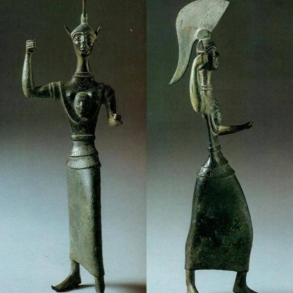 боги-V веке до н.э.--менерва с протомой