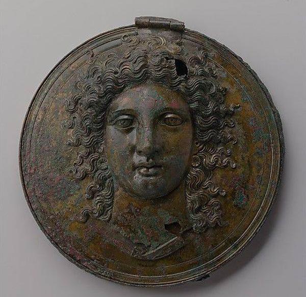 жен.-Этрусское бронзовое зеркало- 150 до н. э.