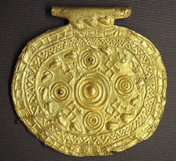 золот-свастика, 700-650 гг. до н.э