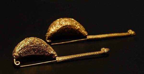 золот.этр-булавка-фибула-устрица