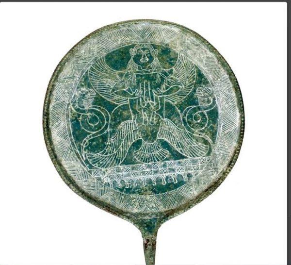 Крылатая змееногая этрусская богиня - АПИ (скифская)